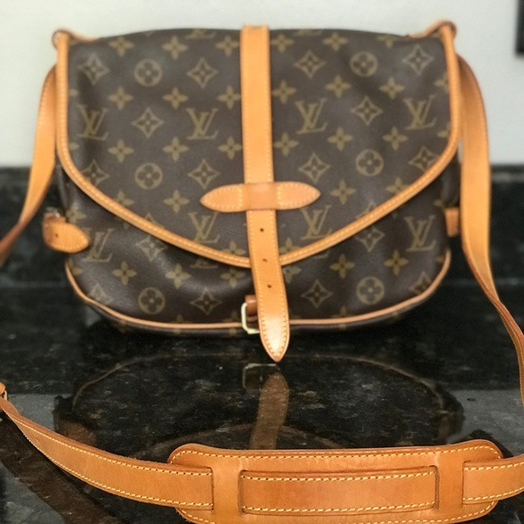 a371709739a Louis Vuitton Bags   Monogram Saumur 30 Messenger Bag   Poshmark